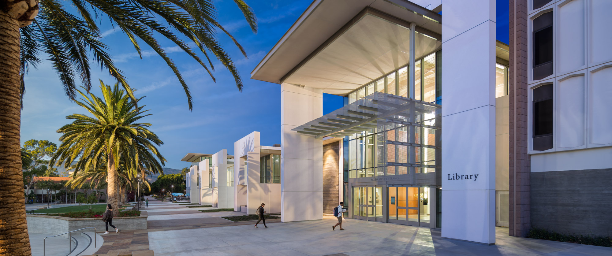 21-NYE_161204_UCSB_Library_Exterior_Architecture_4D